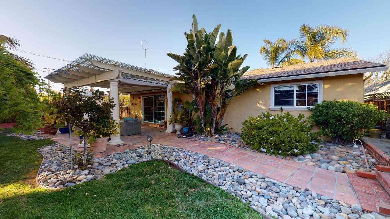 2216 Casa Mia Drive, San Jose, CA, 95124,