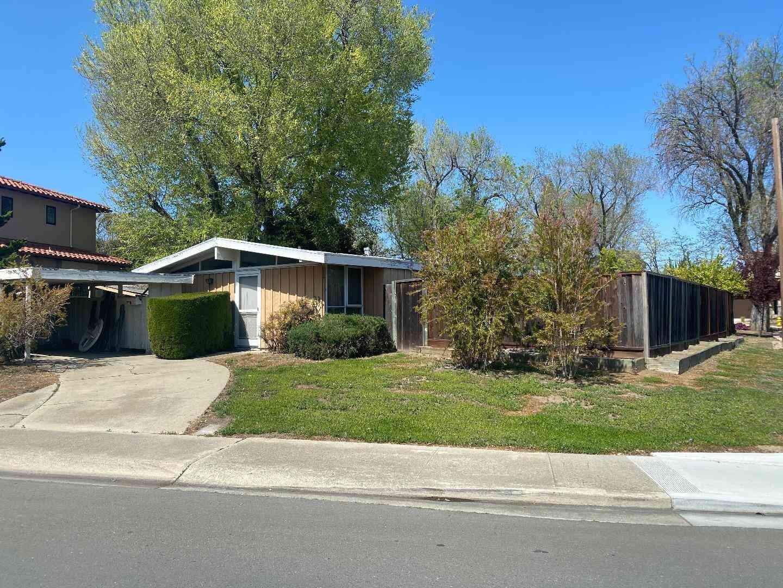 10671 Johnson Avenue, Cupertino, CA, 95014,