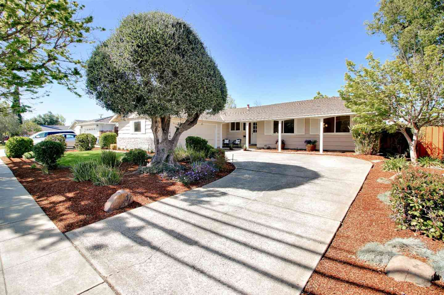 947 West Homestead Road, Sunnyvale, CA, 94087,