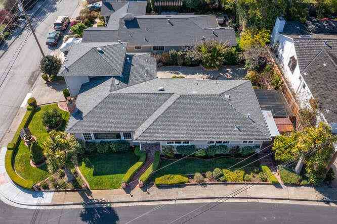 2901 Franciscan Court, San Carlos, CA, 94070,