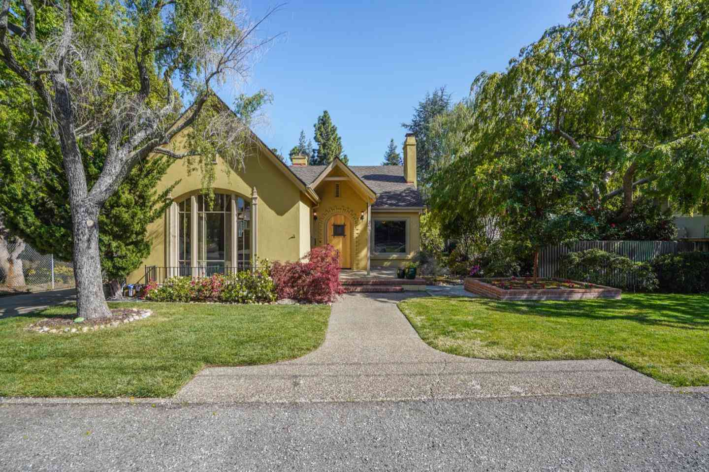 208 Belmont Avenue, Los Gatos, CA, 95030,