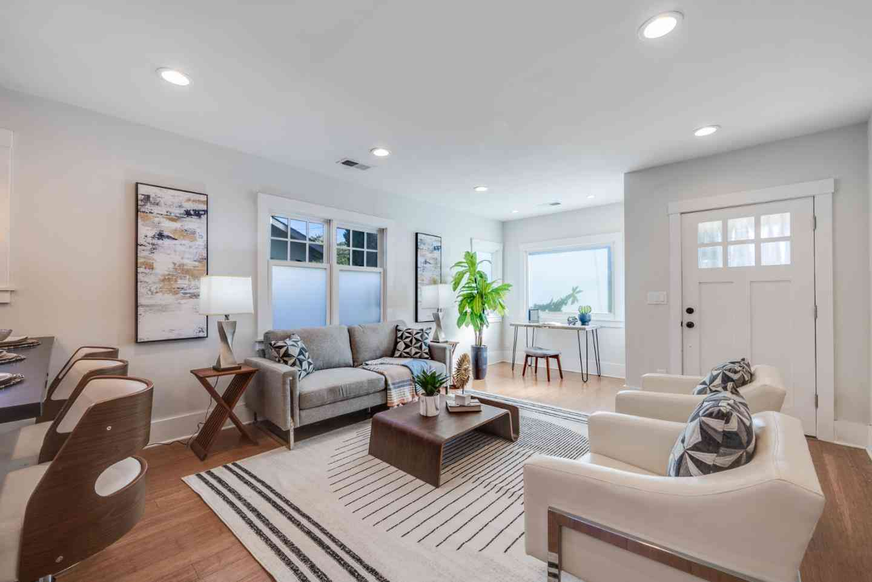 Sunny Living Room, 643 West Mc Kinley Avenue, Sunnyvale, CA, 94086,