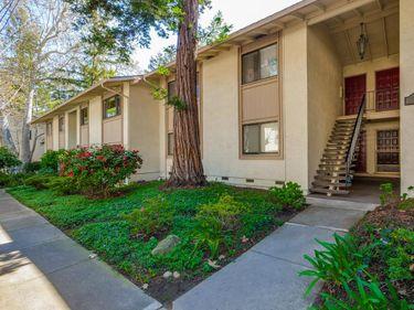 20812 4th Street #7, Saratoga, CA, 95070,