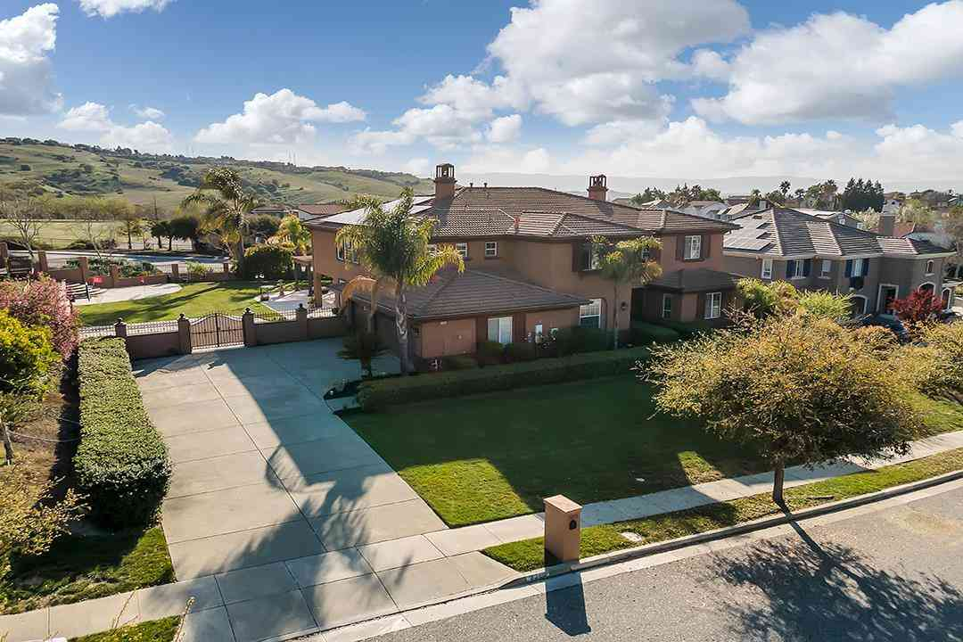 2258 Woodbury Court, San Jose, CA, 95121,