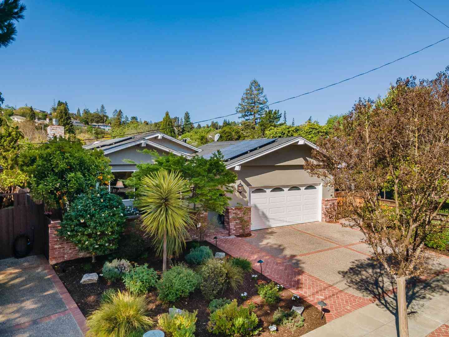196 Hillview Avenue, Redwood City, CA, 94062,