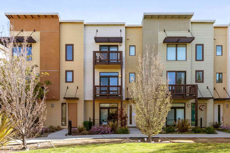 3282 Berryessa Street, Palo Alto, CA, 94303,