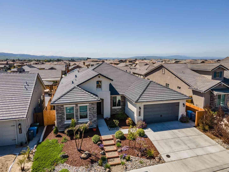 1640 Castlerock Drive, Hollister, CA, 95023,