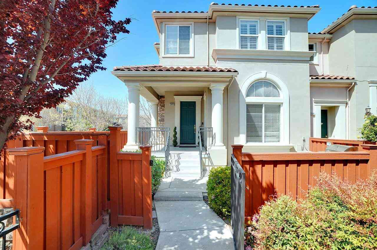 365 Vista Roma Way, San Jose, CA, 95136,