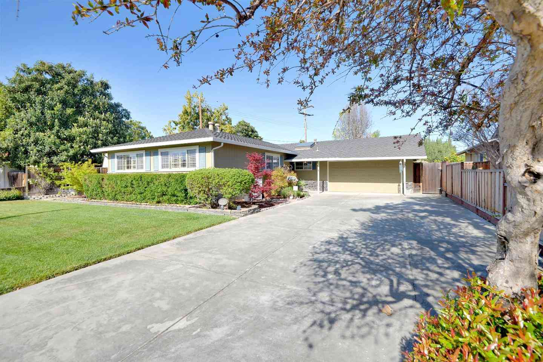 2129 Fordham Drive, Santa Clara, CA, 95051,