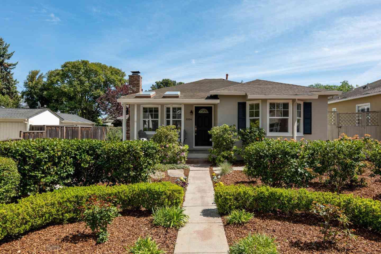 1054 Menlo Oaks Drive, Menlo Park, CA, 94025,