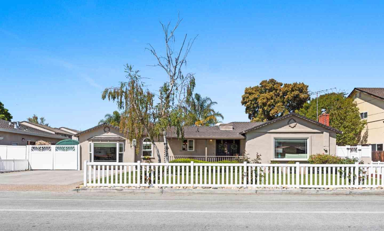 2205 Foxworthy Avenue, San Jose, CA, 95124,