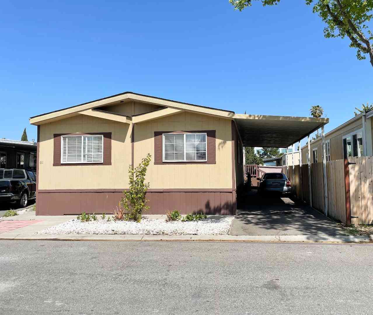 611 Hermitage Drive #611, San Jose, CA, 95134,