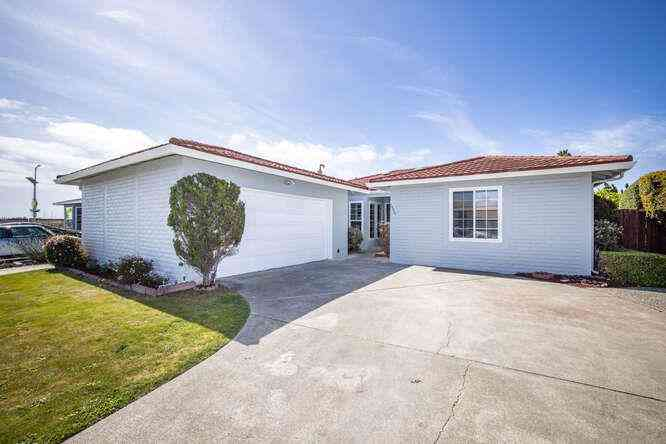 1490 Halibut Street, Foster City, CA, 94404,