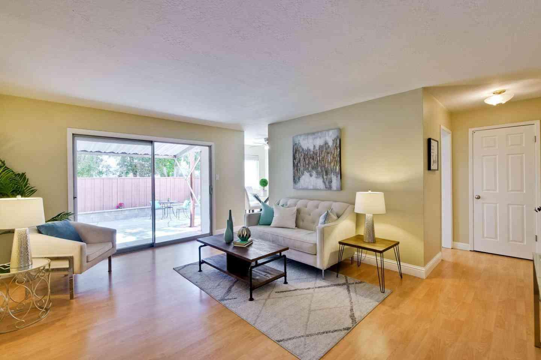 1369 Phelps Avenue #1, San Jose, CA, 95117,