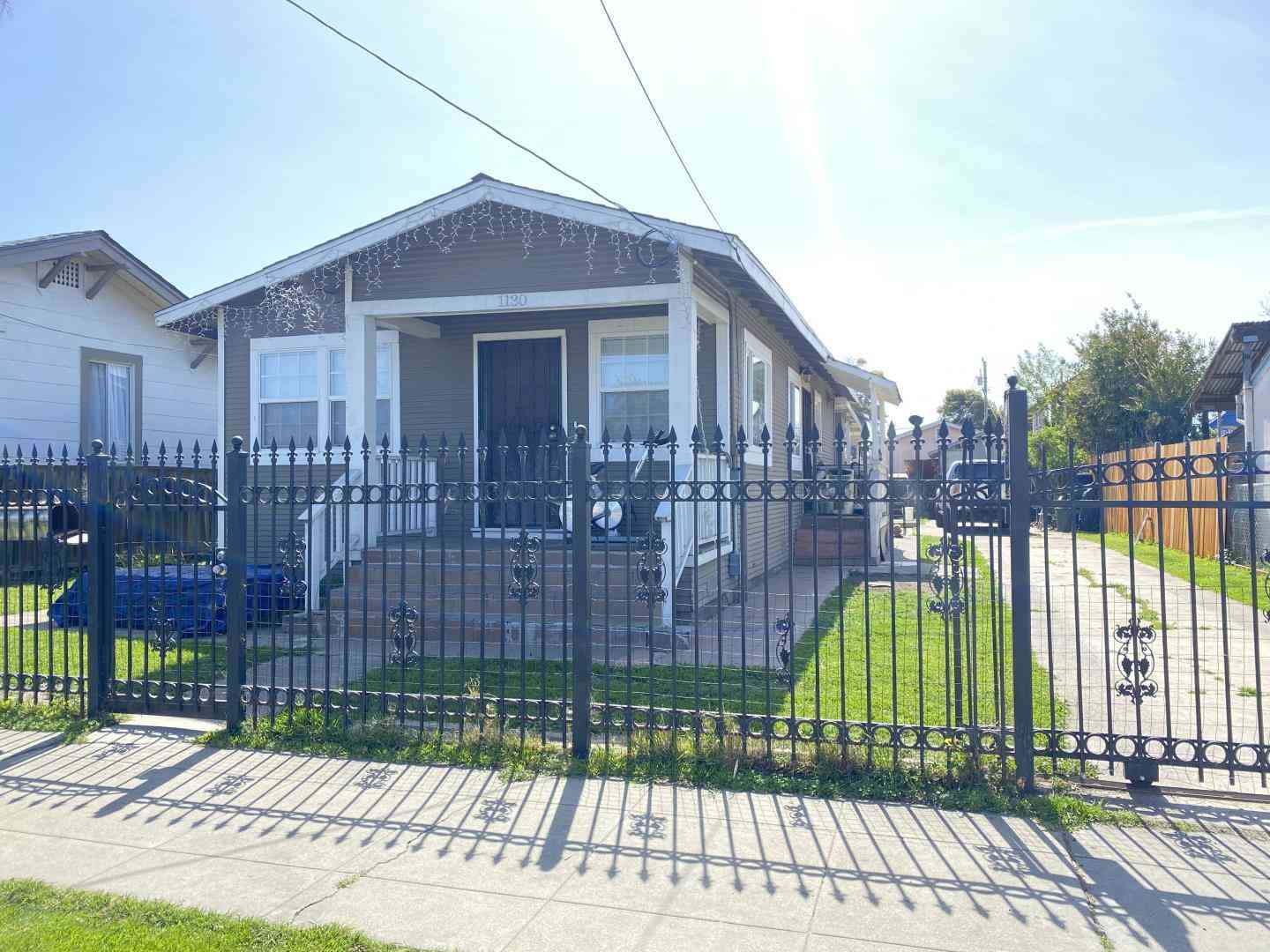 1130 87th Avenue, Oakland, CA, 94621,