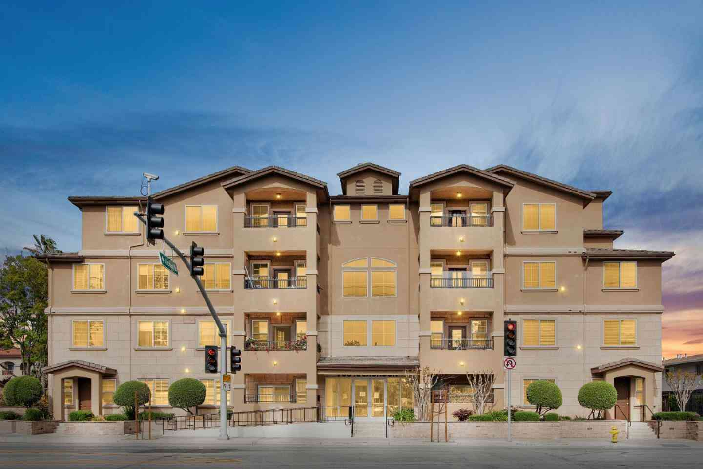 88 North Jackson Avenue #308, San Jose, CA, 95116,