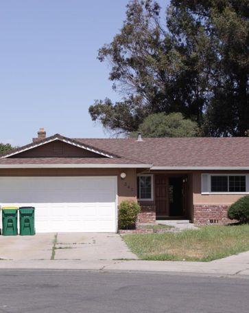 345 Avila Court Stockton, CA, 95210