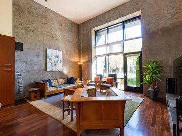 877 Indiana Street #106, San Francisco, CA, 94107,