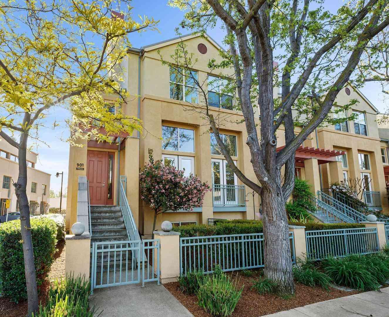 901 Camille Lane, Mountain View, CA, 94040,