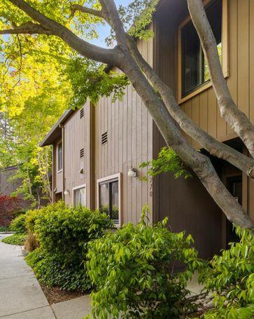 270 Andsbury Avenue Mountain View, CA, 94043