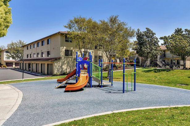 348 Kenbrook Circle