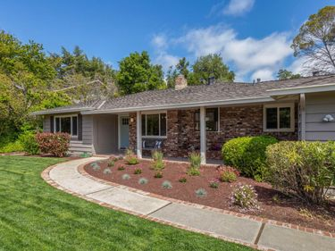 25811 Estacada Drive, Los Altos Hills, CA, 94022,