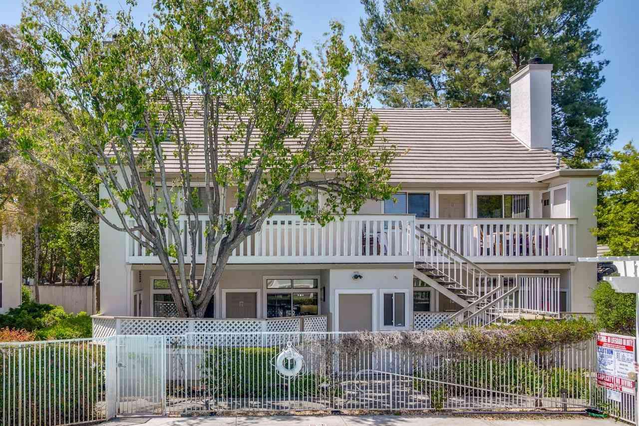 2968 Moorpark Avenue #17, San Jose, CA, 95128,