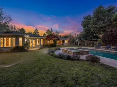 1525 Edgewood Drive, Palo Alto, CA, 94303,