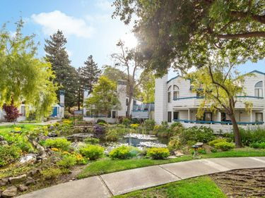 248 Walker Drive #13, Mountain View, CA, 94043,