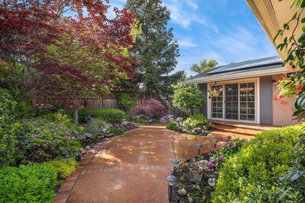 5075 Willow Estate