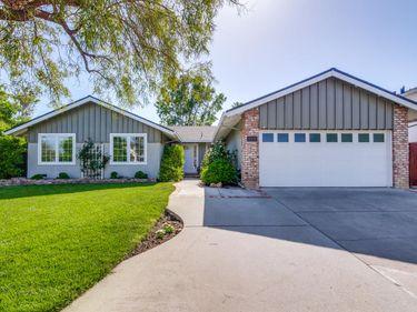 10576 La Roda Drive, Cupertino, CA, 95014,