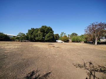 1062 Runnymede Street, East Palo Alto, CA, 94303,
