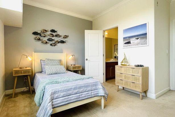 570 Santa Rosalia Terrace