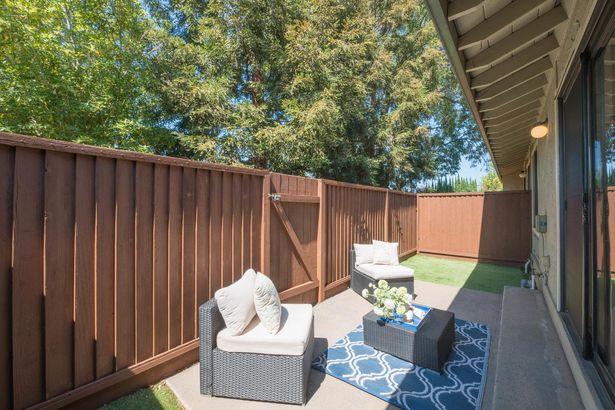 551 Manet Terrace