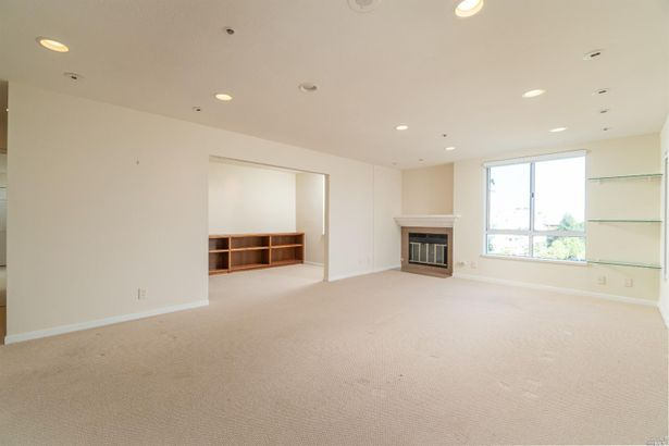 100 Thorndale Drive #425