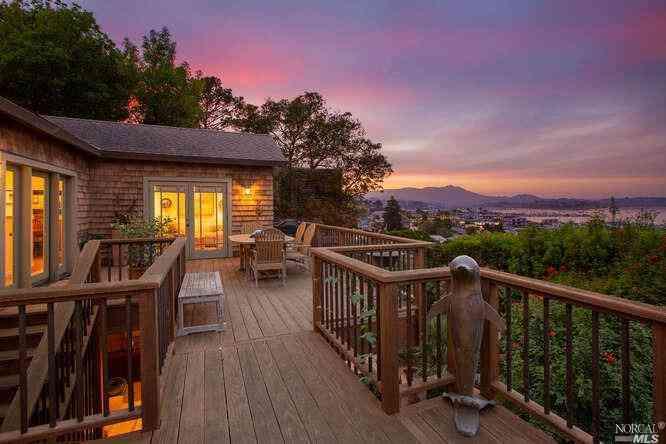 927 Bridgeway Avenue, Sausalito, CA, 94965,