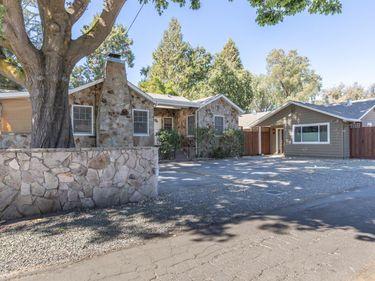 1032 Pueblo Avenue, Napa, CA, 94558,