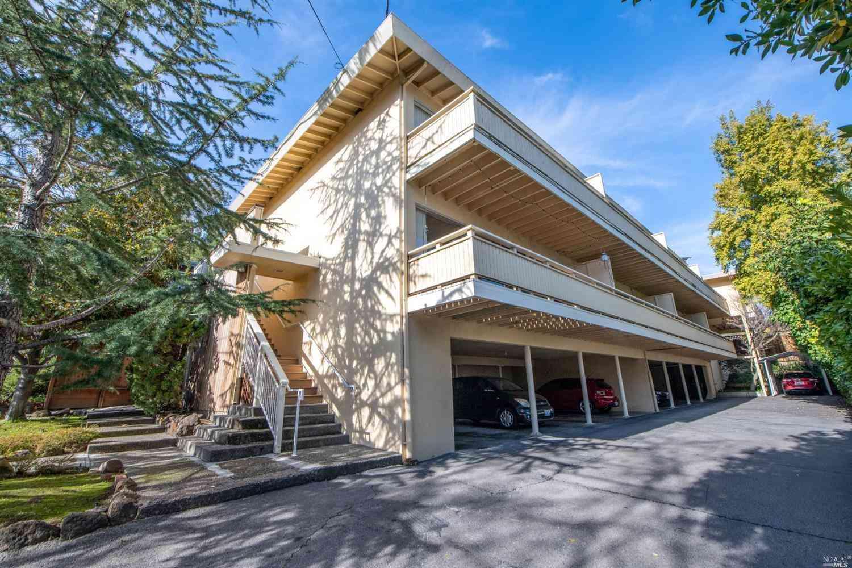 118 Ross Street, San Rafael, CA, 94901,