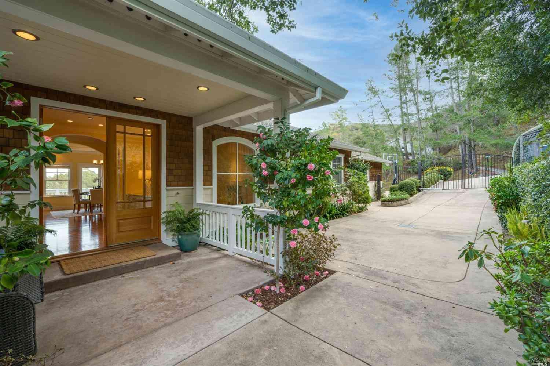 30 Sunny Oaks Drive, San Rafael, CA, 94903,