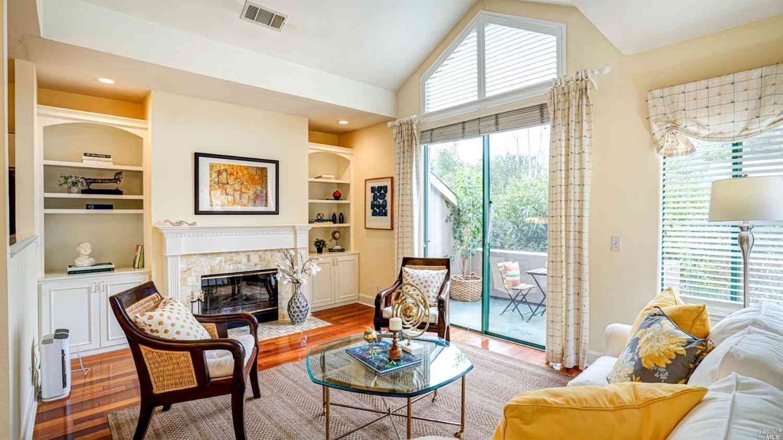 37 Ross Avenue #7, San Anselmo, CA, 94960,