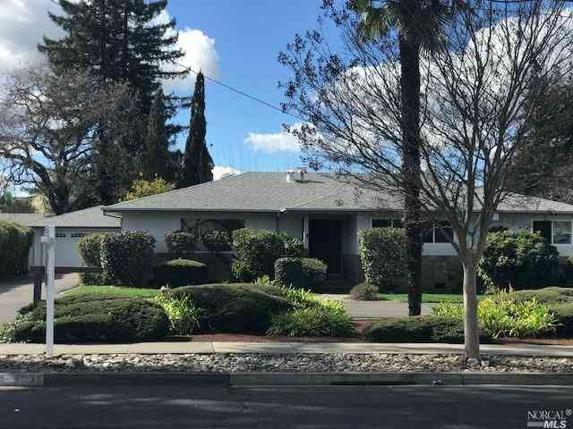 4035 Linda Vista Avenue, Napa, CA, 94558,