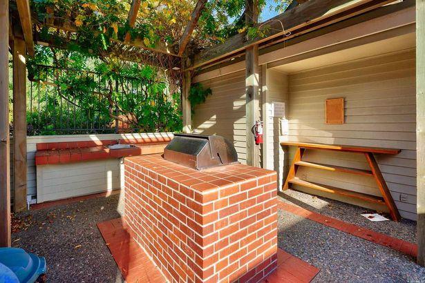 103 Eucalyptus Knoll Street
