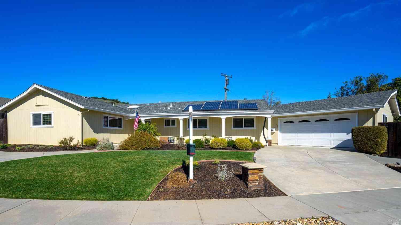 6 Ruben Court, Novato, CA, 94947,