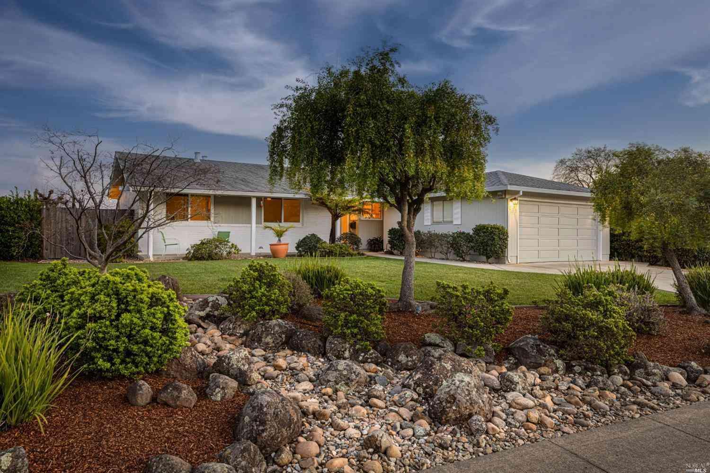 233 San Felipe Way, Novato, CA, 94945,