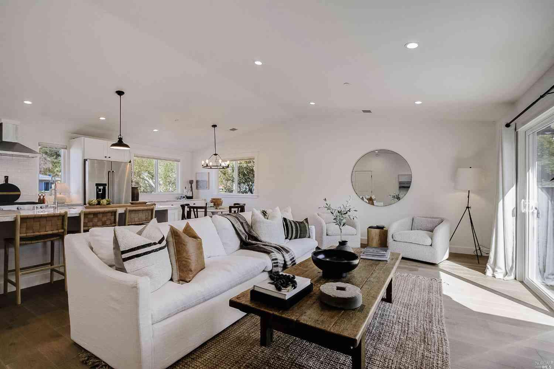 223 Orris Terrace, San Rafael, CA, 94903,