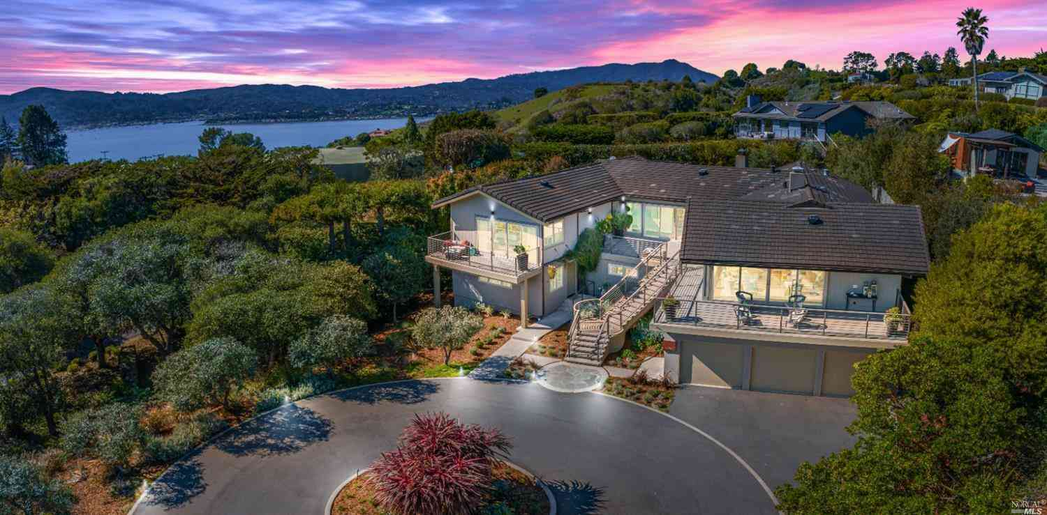 1 Tara Hill Road, Tiburon, CA, 94920,