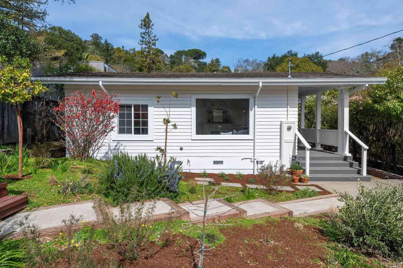 56 Hickory Road, Fairfax, CA, 94930,