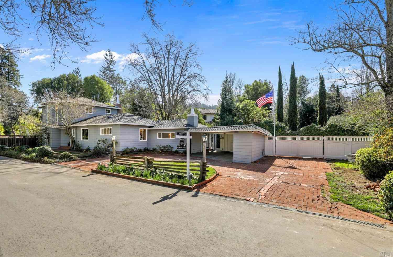 2 Shanley Lane, Ross, CA, 94957,