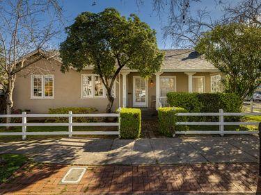 400 Seminary Street, Napa, CA, 94559,