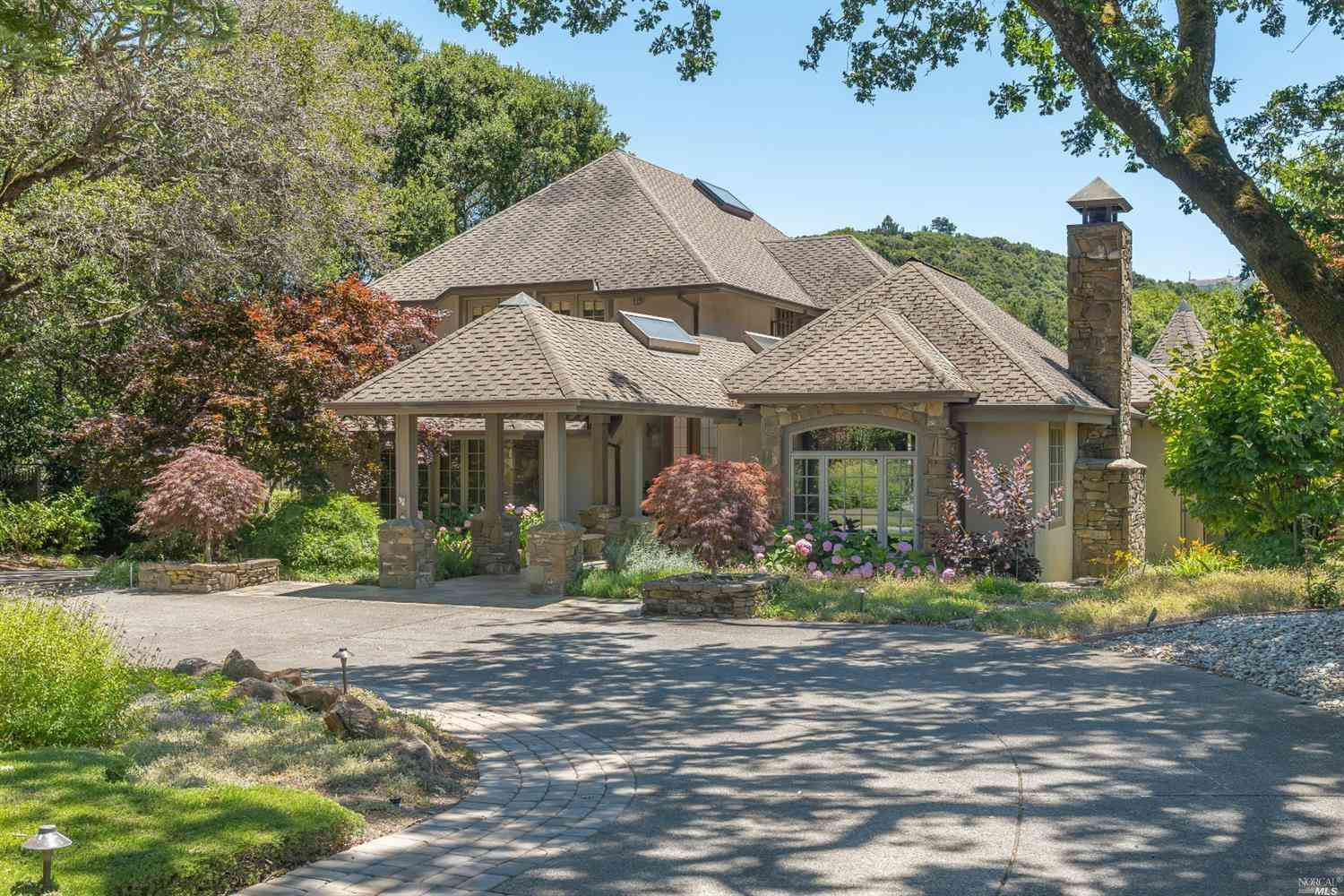 2473 Vineyard Road, Novato, CA, 94947,